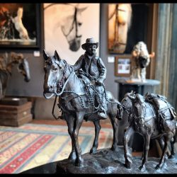 horse-clay-sculpture-nancy-cawdrey-gallery